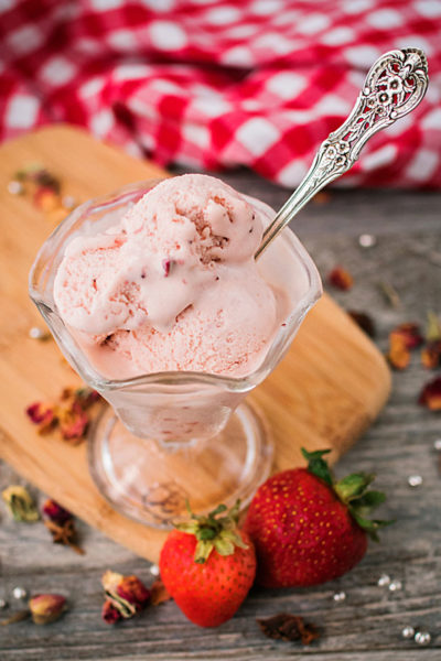 dish of strawberry frozen yogurt