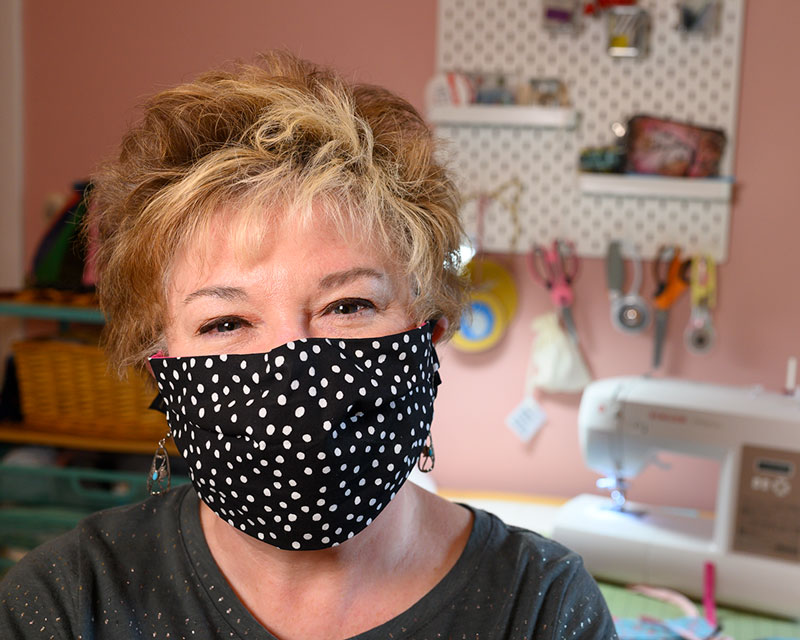 How to Sew a Surgical Style Pleated Face Mask with ties