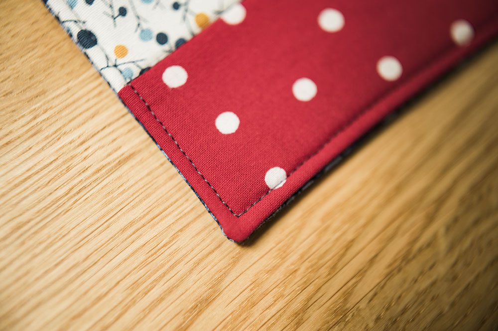 closeup of edge stitching on a placemat